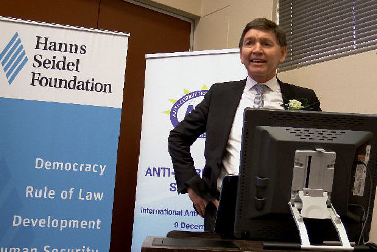 Advocate Steven Powell